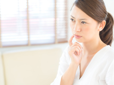 その症状はストレス性の敏感肌のサイン?気づいていない人も多い肌の変化
